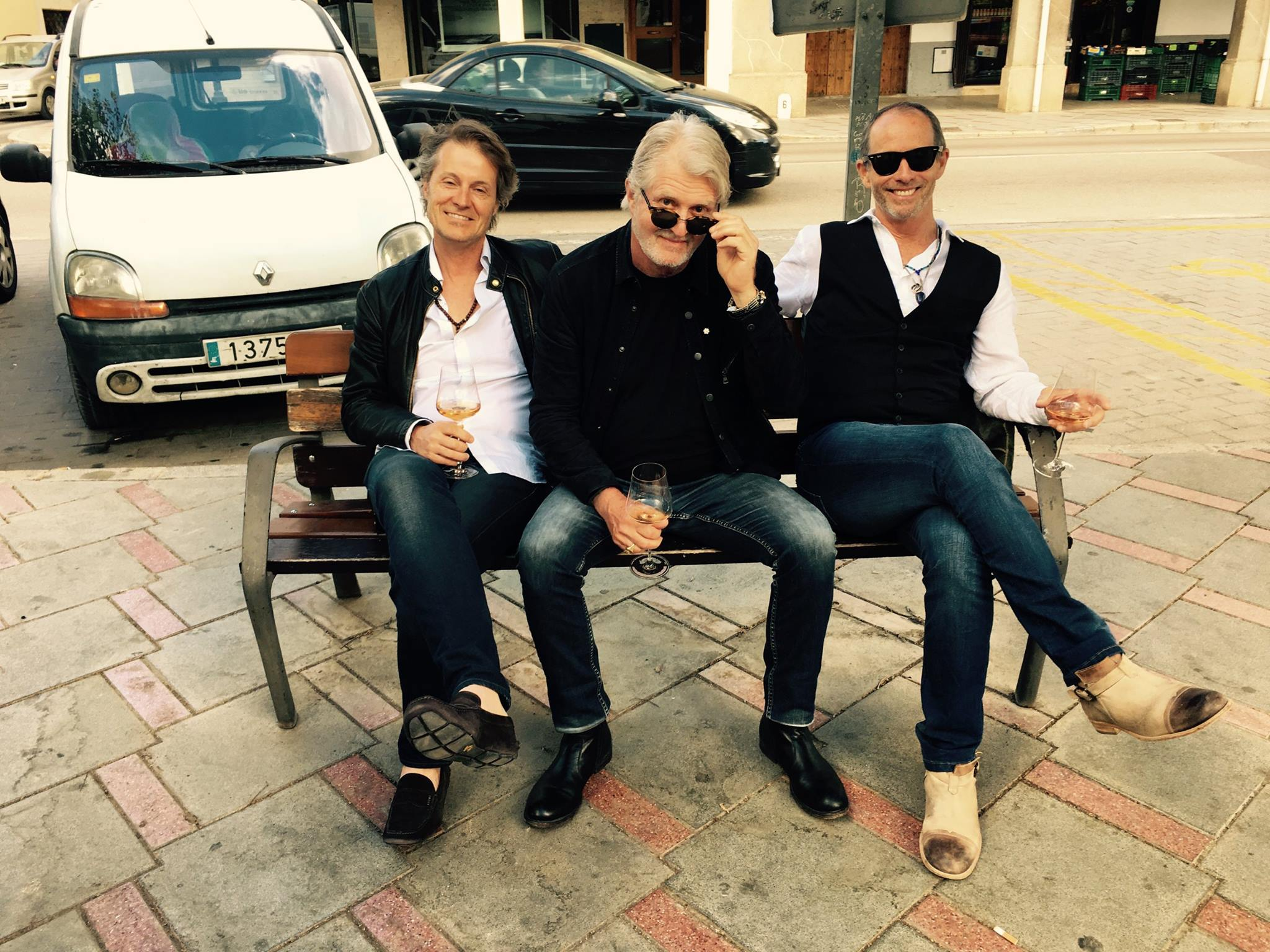 Jim Cuddy, Tom Cochrane and Barney Bentall hanging out