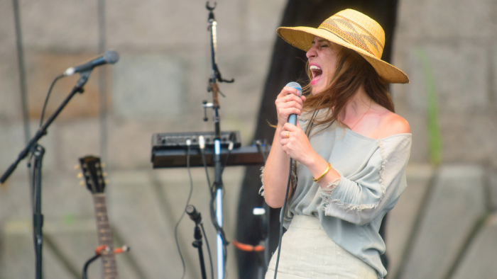 Feist to release new album in April