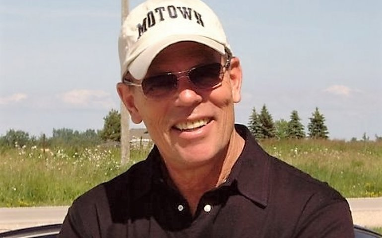 Chuck's passions beyond broadcasting include golfing and skiing