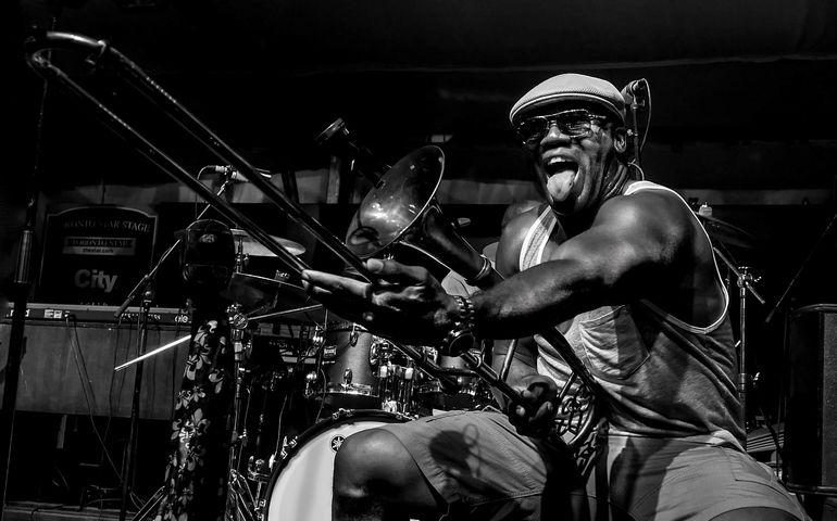 Photo: Bill King – Big Sam Williams at TD Jazz Festival