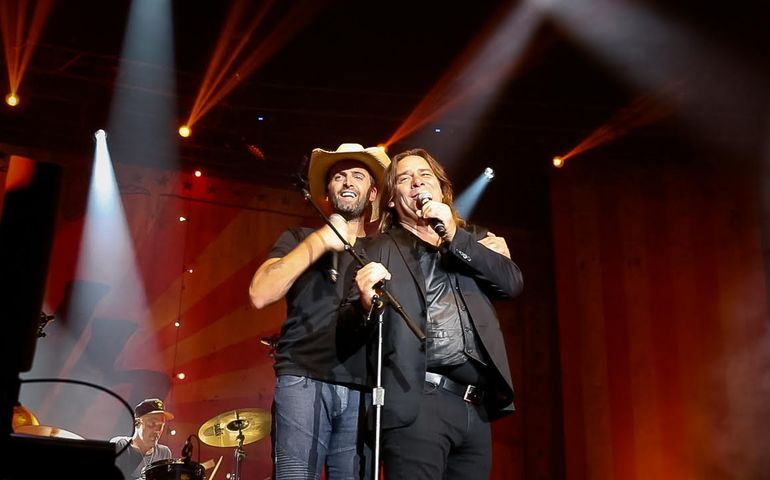 Alan Doyle (r) was one of the stars who joined Dean Brody on the Bud Stage in Toronto last night.