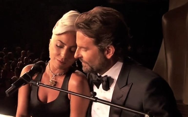 Bradley Cooper and Lady Gaga performing at the 2019 Oscars