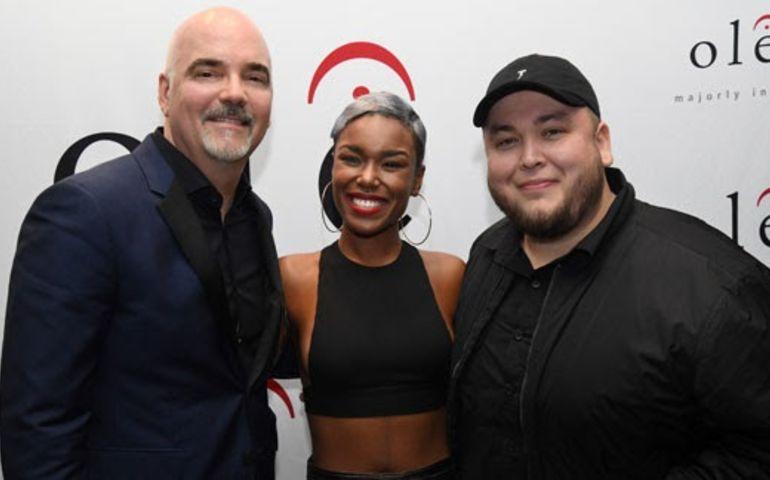 At Friday's gala, l-r: Robert Ott, ole artist, Deanna (X Factor) and Angel Lopez