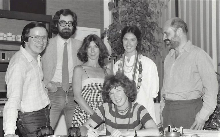 L-R: PolyGram Canada's Leo da Silva and Bob Ansell with the McGarrigle sisters (manager Jane seated) and Peter Erdmann. (1981)). Pic supplied