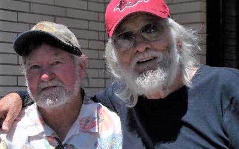 Author Greig Stewart with Rompin' Ronnie. Pic credit: Wanda Hawkins.