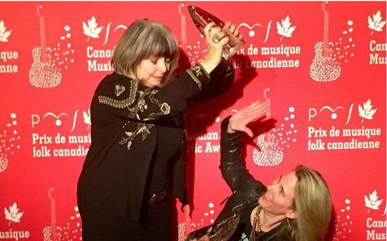 The LYNNeS' Lynne Hanson and Lynn Miles emerged as big winners at the CFMAs held in Calgary this past weekend. Photo: Kimberly Sinclair