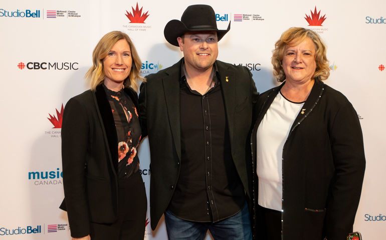 (l-r): Kristy Fletcher, ED MusiCounts, Gord Bamford, Sherry MacDonald, President/CEO  Canadian Scholarship Trust Foundation Photo: Neil Zeller
