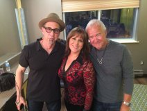 Pictured at The CCMAs: Mike Stevens (l) with Michelle Wright and Murray McLauchlan. Photo: Denise Donlon