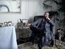 Drake enjoying the good life in his jammies