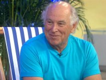 Jimmy Buffett looking pleased with life in his later years