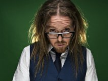 Tim Minchin has another smash hit on his hands with the music comedy, Groundhog Day