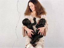Vanessa Beecroft. Image by designutrust.com