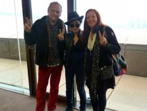 With Yoko and his wife Minnie