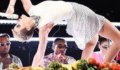 Katy Perry does gymnastics