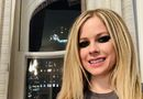 Avril Lavigne  Facebook photo