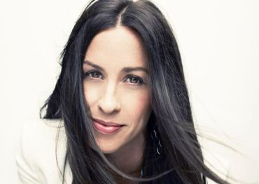 Alanis Morissette Facebook photo