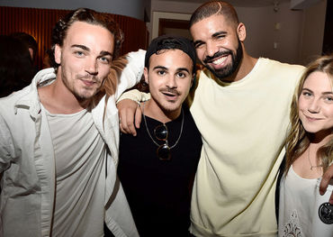 Drake and Degrassi comrades  Photo: Huffington Post