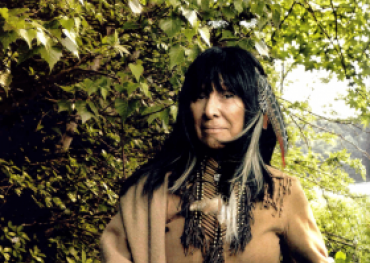 Buffy St Marie by Annie Leibovitz