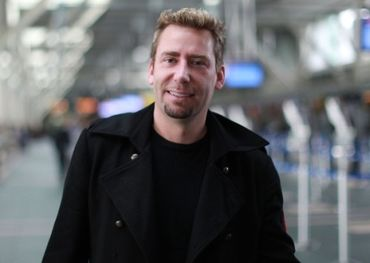 A smiling Chad Kroeger