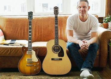 Colin Cripps, Maple Leaf Forever guitars