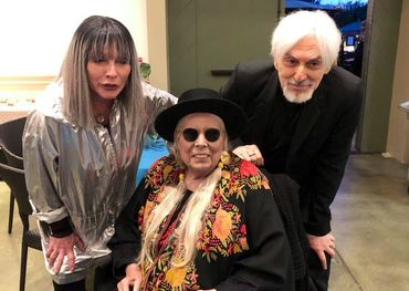 Joni Mitchell with Debbie Harry and Chris Stein. Photo: Blondie Facebook page