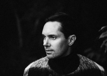Mike Milosh of Rhye  Photo: Genevieve Medow Jenkins