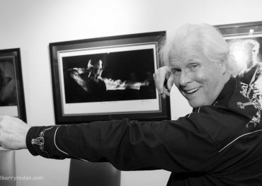 John Rowlands gesturing like Bowie. Photo: Barry Roden Photography