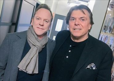 Kiefer Sutherland, who appears on Sunday's broadcast, with Bell Media supremo Randy Lennox.