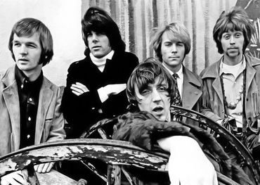Moby Grape (Don Stevenson in front)    Photo: Leslie Mitchell