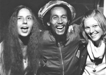 In an earlier time, l-r: Linda with Bob Marley and longtime friend Kathy Hahn