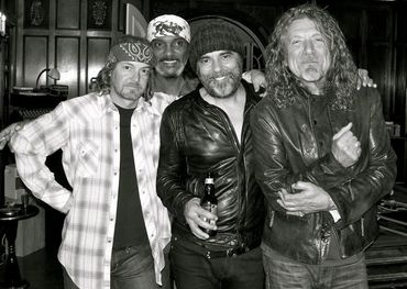 (L to R) Mark Howard, Daryl Johnson, Daniel Lanois , Robert Plant — photo credit: Trixie Whitley