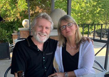 Rik with wife Jeannette Ann - Instagram.