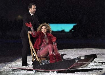 Shania making her grand entrance at Ottawa's Grey Cup game yesterday