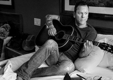 Kiefer Sutherland to headline Sirius XM House at CMW