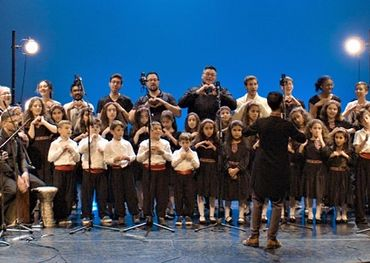 Syrian children's choir performing with Countermeasure