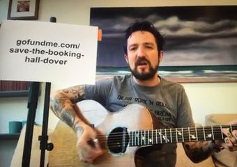 Frank Turner live-stream screenshot